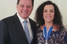 Kátia Bogéa recebe comenda de Goiás