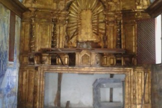 RJ_Sao_Goncalo_Colubande_altar