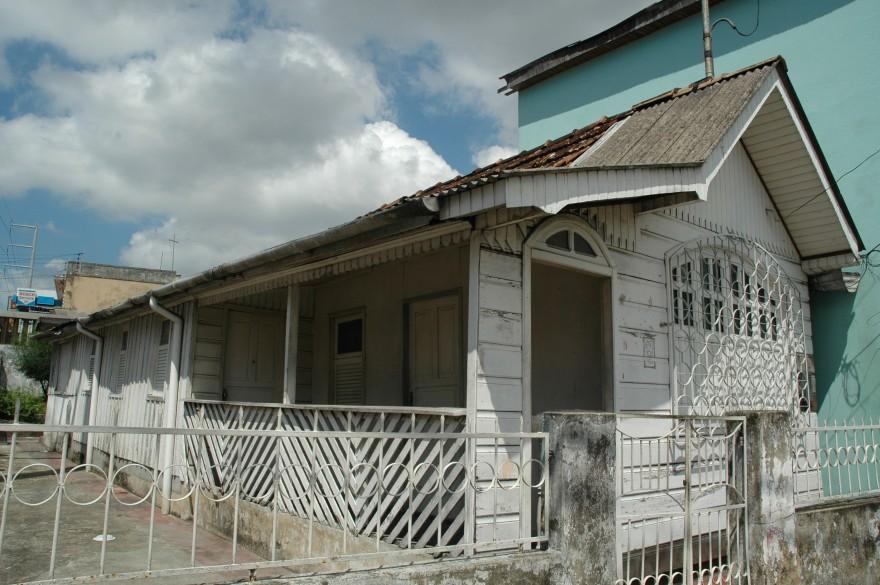 AM_Manaus_Casa_de_madeira