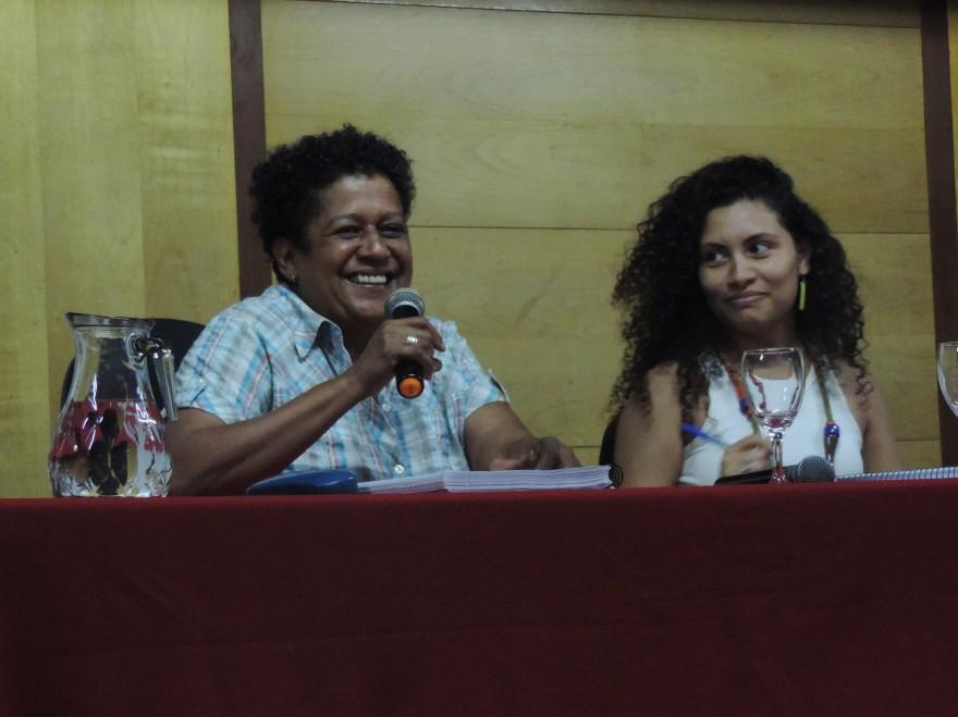 "Mesa ""A mulher na Capoeira"""