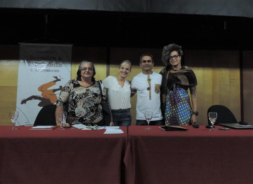"""Mesa """"Capoeira, Diversidade e Cultura de Paz"""""""