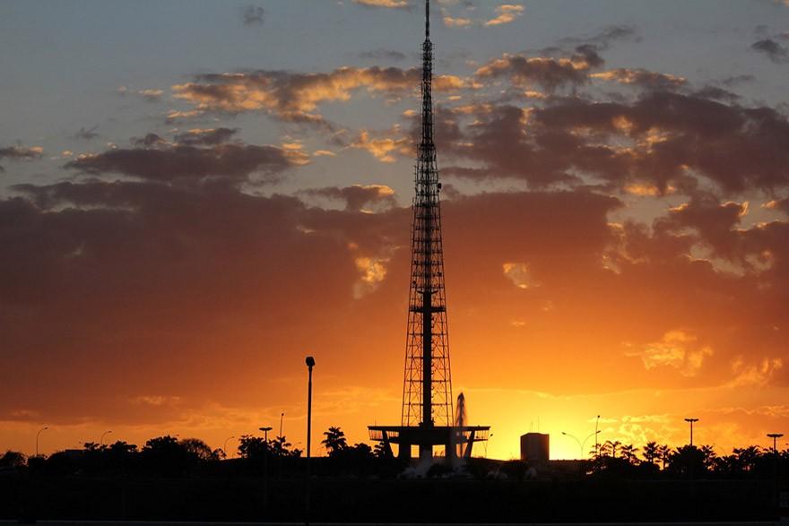 Por do Sol em Brasília - Torre de TV