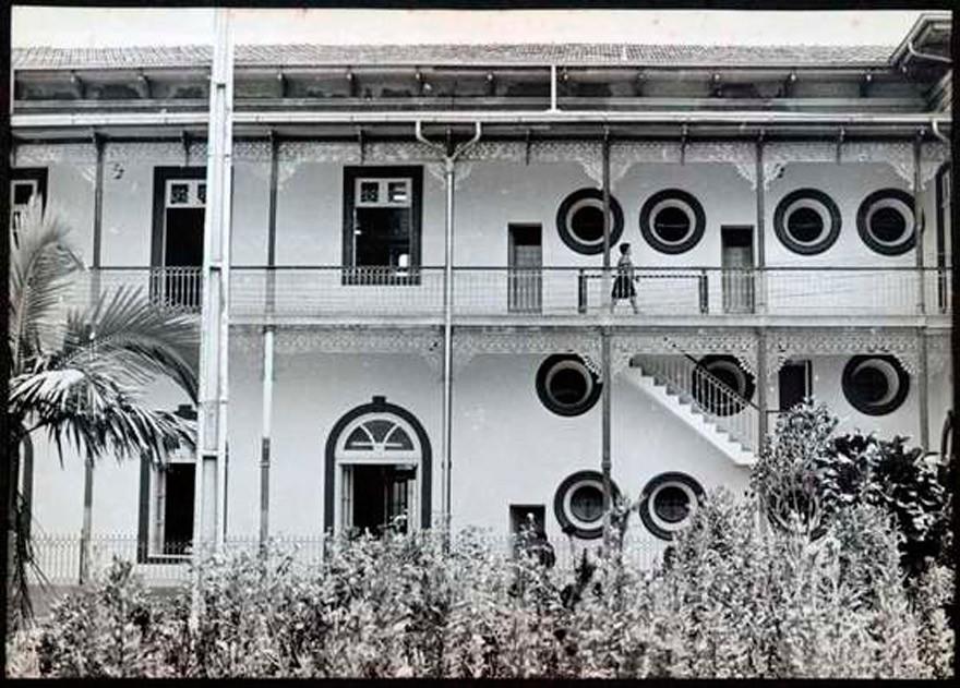 MG_BELO_HORIZONTTE_A_CASA_DO_CONDE__1978_003