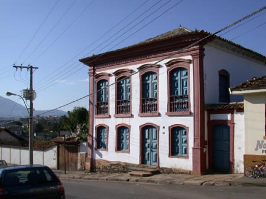 MG_CAETE_Casa_a_Rua_Comendador_Viana_(2)