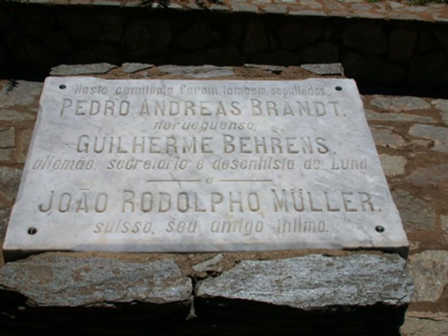 MG_LAGOA_SANTA_Tumulos_do_P_Lund_P_Brandt_W_Behrens_J_Müller_cemiterio_(11)