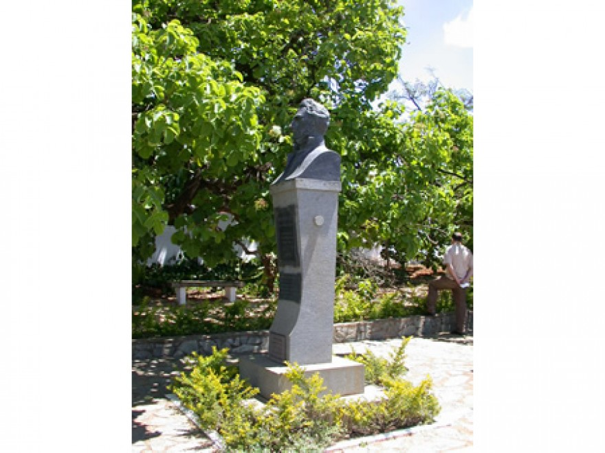 MG_LAGOA_SANTA_Tumulos_do_P_Lund_P_Brandt_W_Behrens_J_Müller_cemiterio_(3)