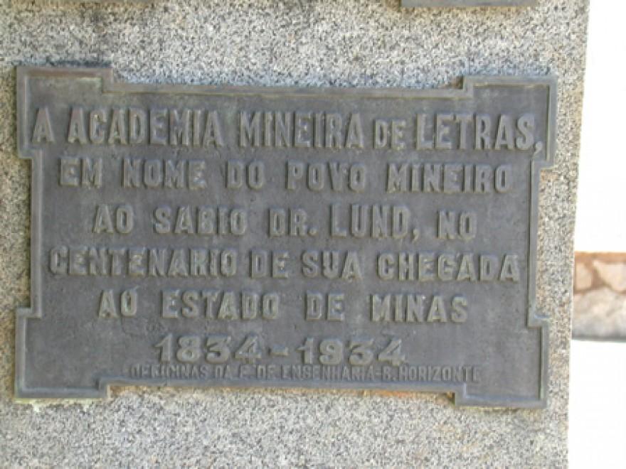 MG_LAGOA_SANTA_Tumulos_do_P_Lund_P_Brandt_W_Behrens_J_Müller_cemiterio_(9)
