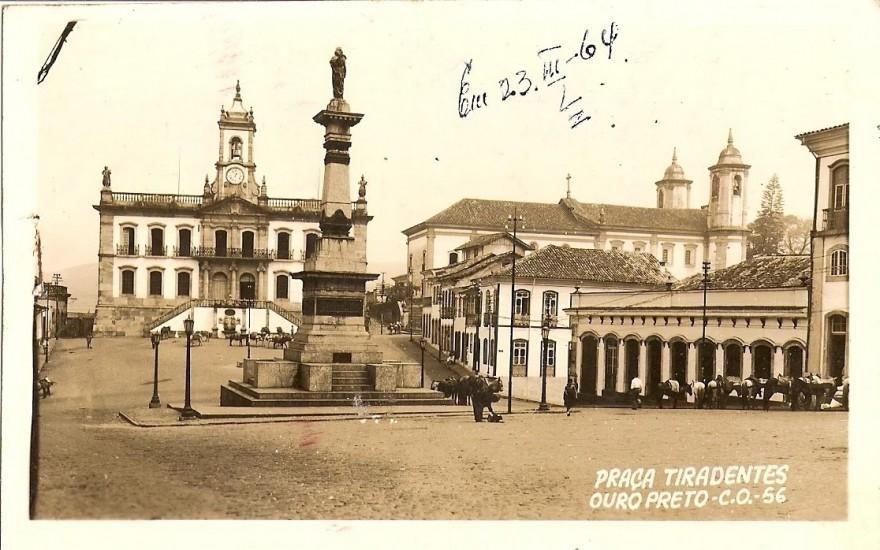 MG_OURO_PRETO_Praça_Tirandentes_1956