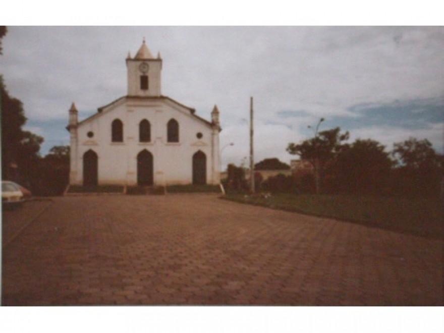MG_PARACATU_Igreja_de_Nossa_Senhora_do_Rosário_Antiga(1)