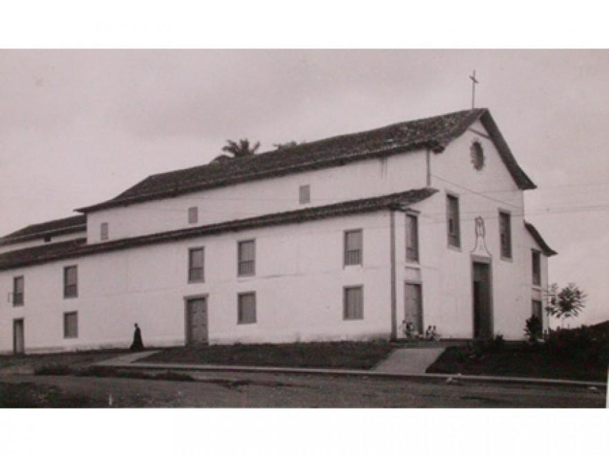 MG_PARACATU_Igreja_Matriz_de_Santo_Antônio_Antiga(1)