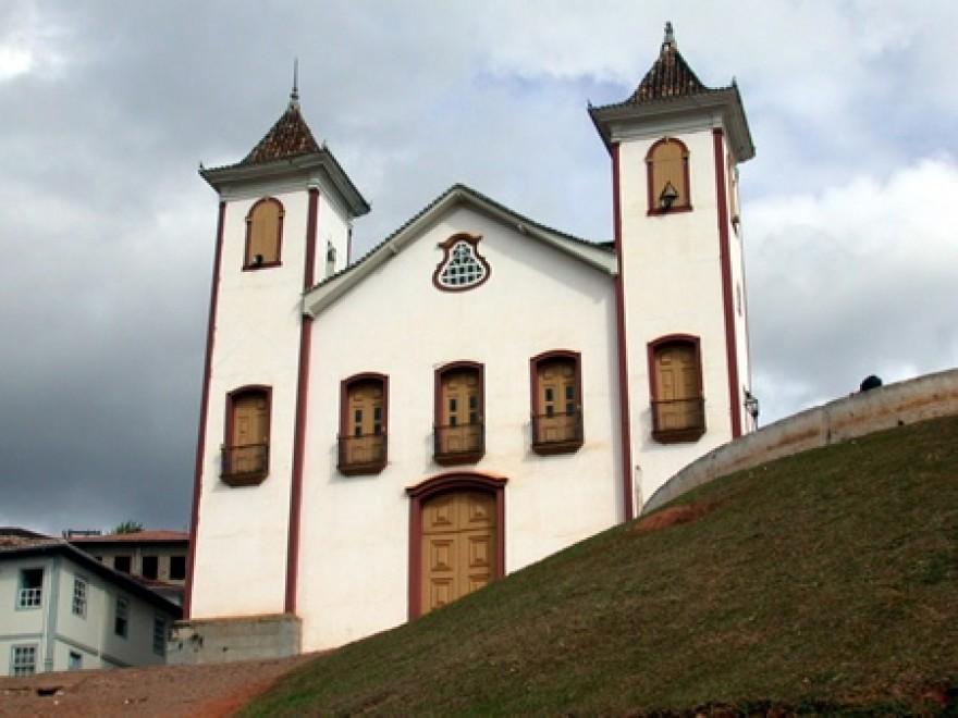 MG_SERRO_Igreja_Matriz_de_Nossa_Senhora_da_Conceicao_1