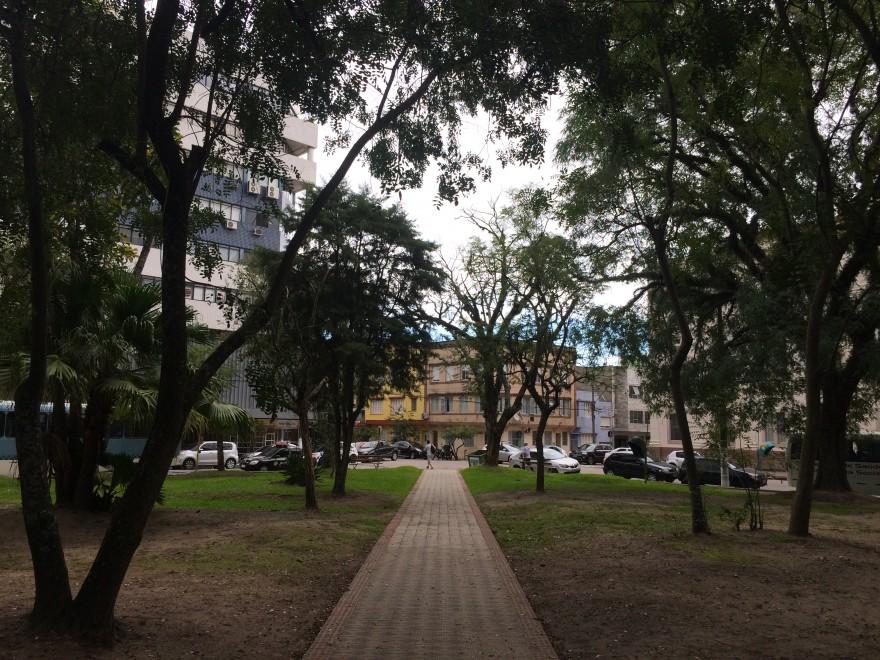 RS_Pelotas_Praça_Piratinino_de_Almeida