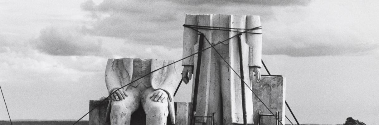 Viajando pelo Mundo - arte da Alemanha. Obras da Coleção ifa de 1949 até hoje