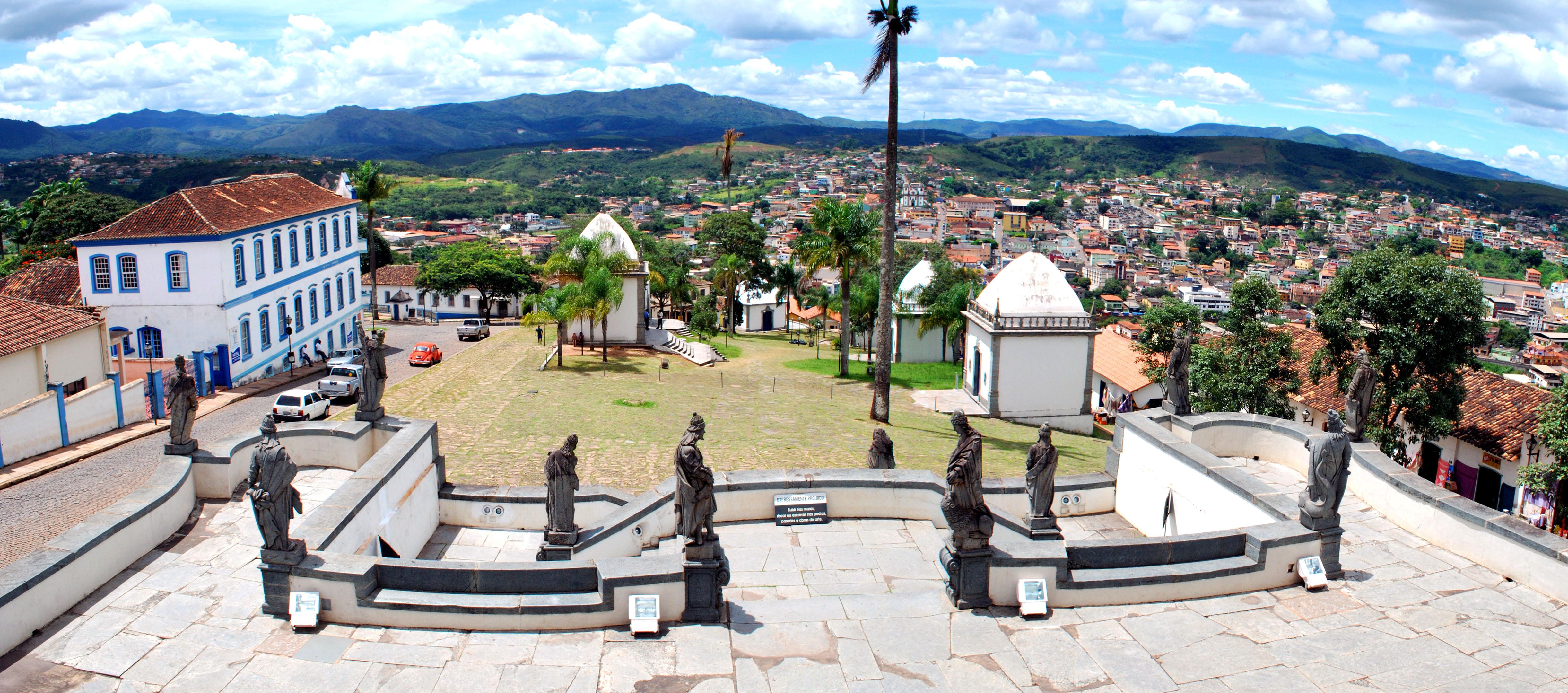 Conjunto Arquitetônico e Urbanístico de Congonhas - vista a partir do Santuário de Bom Jesus de Matozinhos.