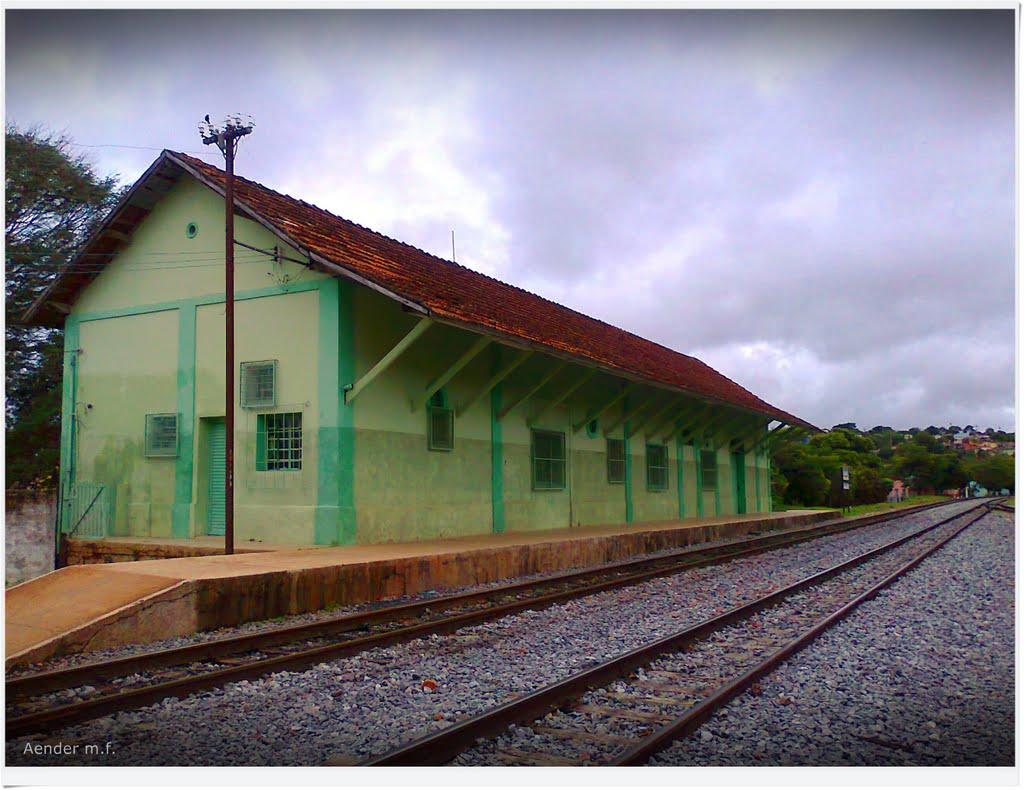 MG_FER_Candeias_Antiga_Estacao_Ferroviaria_de_Candeias