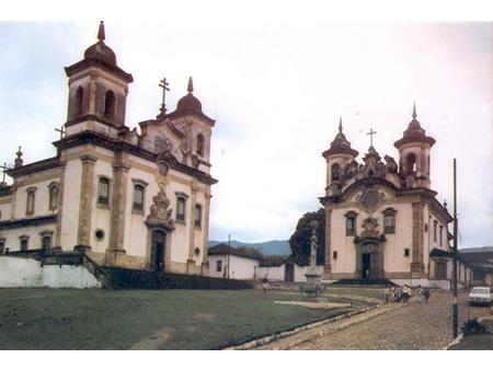 MG_MARIANA_Igreja_de_Sao_Francisco_de_Assis_antiga_1