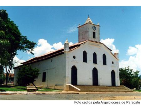 MG_PARACATU_Igreja_de_Nossa_Senhora_do_Rosario_1