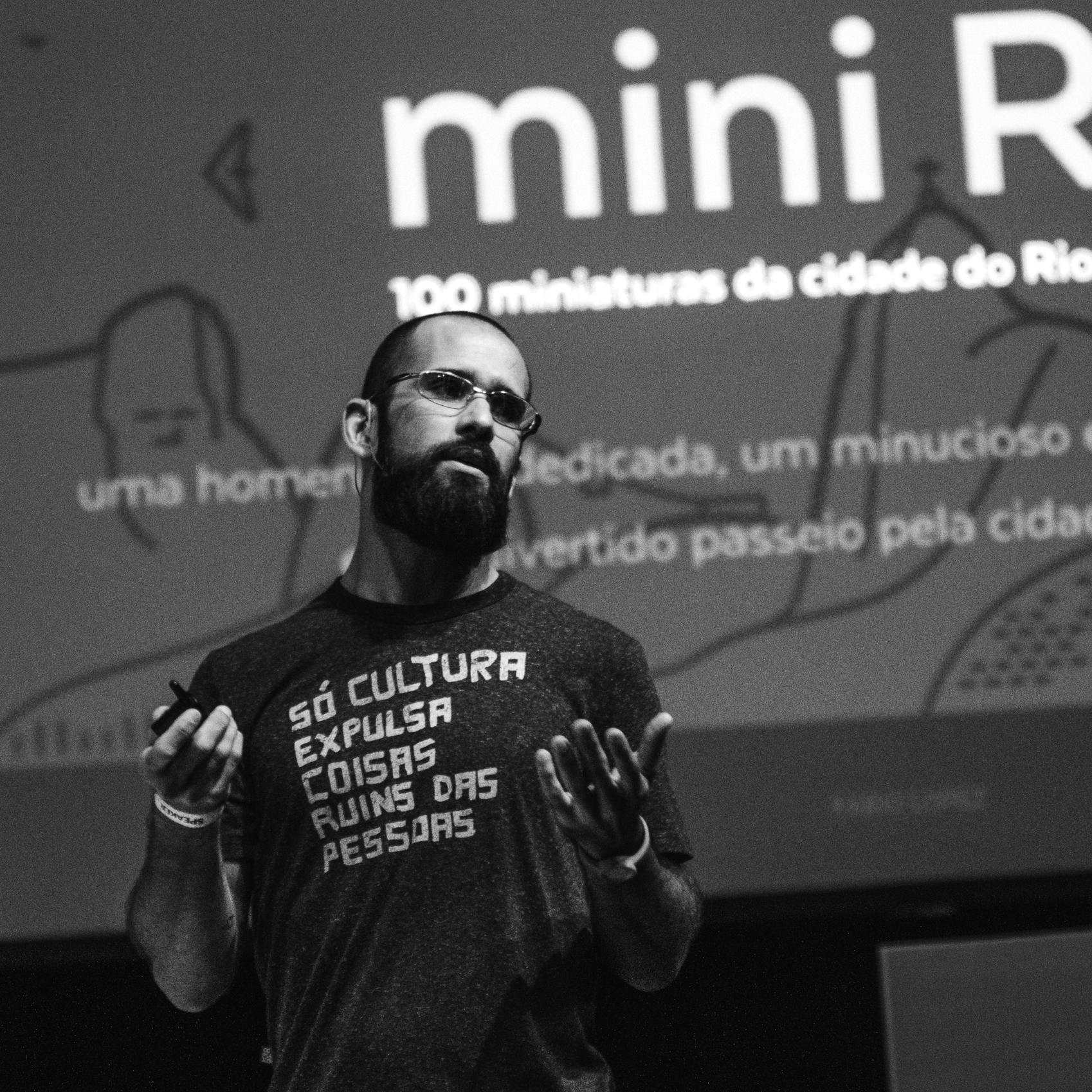Fapio Lopez, vencedor do concurso do emblema do Patrimônio Cultural Brasileiro