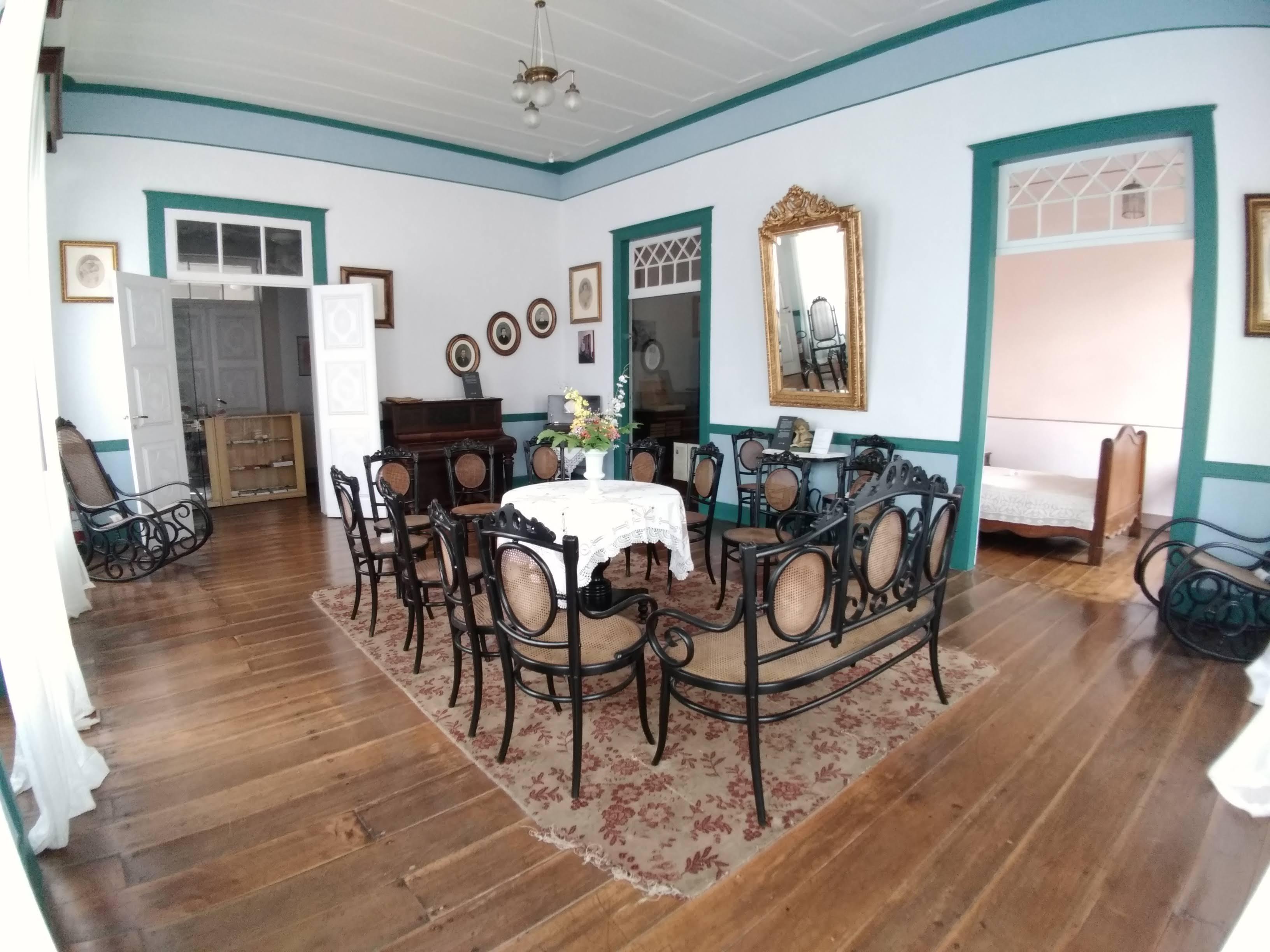 Sala de visitas, Casa Lacerda, Lapa (PR)