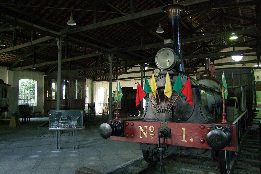 RJ_FER_Locomotiva_no_Museu_do_Trem