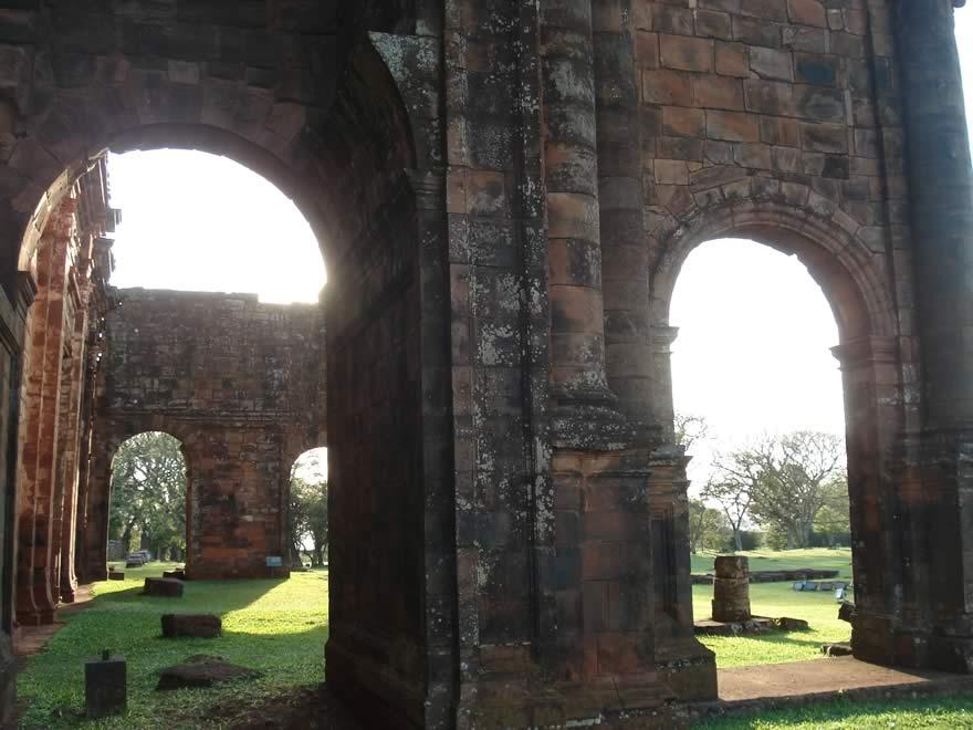 Ruínas da Igreja de São Miguel