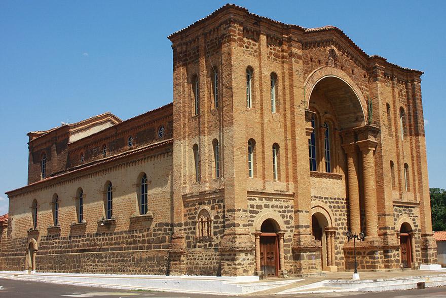 Catedral Nossa Senhora das Mercẽs em Porto Nacional-TO